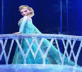 Elsa Frozen clean Palace